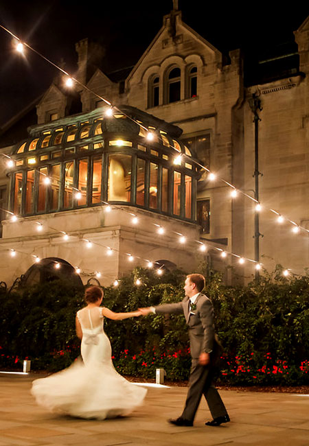 A couple getting married in Turnblad Mansion